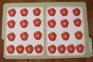 Apple Letters Folder Game